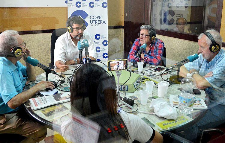 Villalobos: «Voy a intentar ser el alcalde de todos los utreranos, independientemente de si me han votado o no» (VÍDEO)