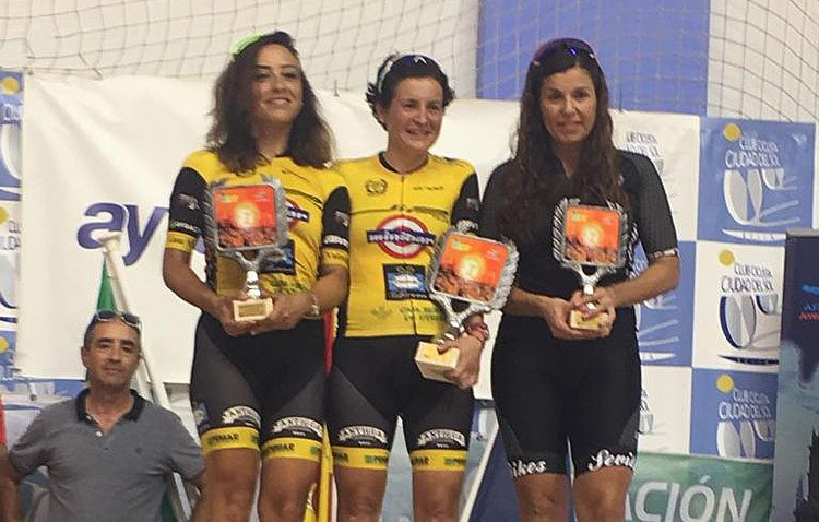 Las féminas sitúan al equipo ciclista «Jip Carbono Team» en el pódium
