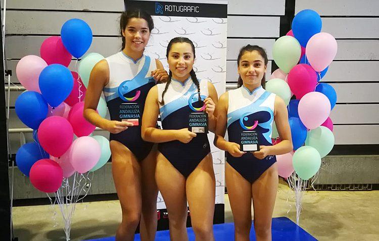Sobresaliente actuación del club de gimnasia artística Akros en el campeonato de Andalucía