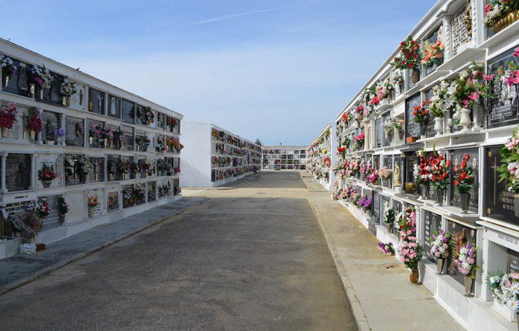 El cementerio de Utrera modifica su horario de apertura para adaptarlo a los hábitos de los ciudadanos