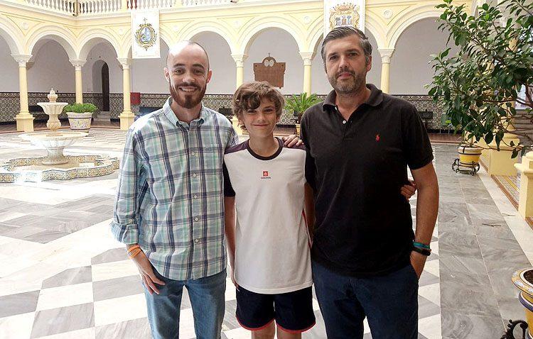La Junta de Andalucía pone sus ojos en el joven programador utrerano Óscar Álvarez
