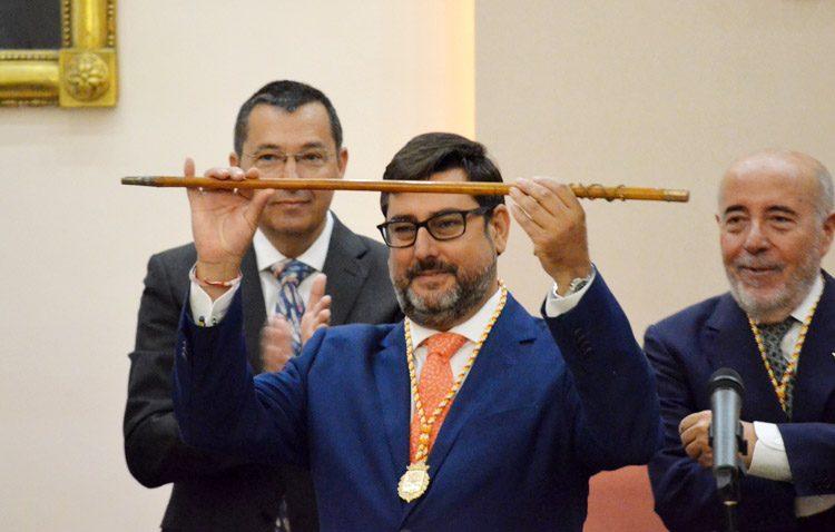José María Villalobos, investido nuevamente alcalde de Utrera (GALERÍA Y AUDIO)