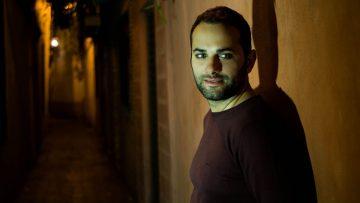 «Las vacaciones», el nuevo single del artista utrerano Abel Romano para animar el verano (VÍDEO Y AUDIO)