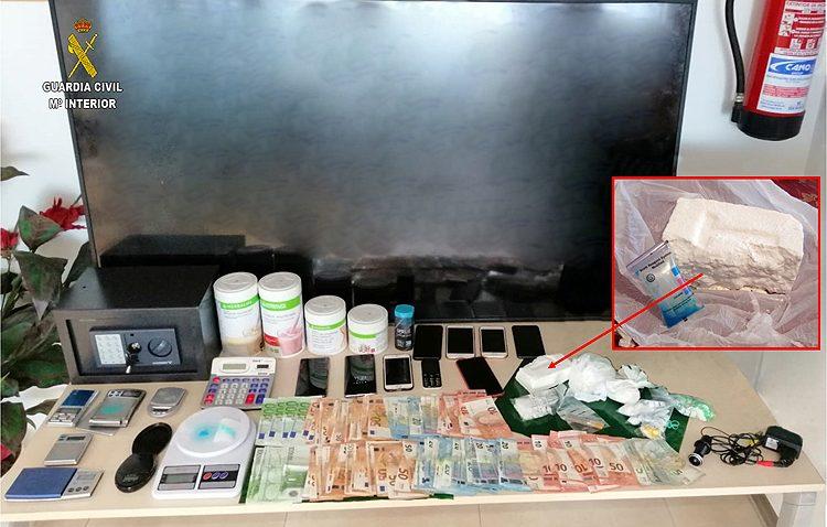 Desmantelada una organización criminal con dos importantes puntos de venta de cocaína en Utrera