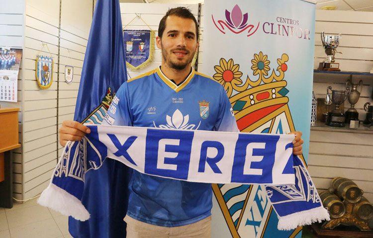 El futbolista utrerano Fran Sánchez, nuevo jugador del Conil