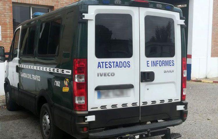 Intoxicados dos guardias civiles de Utrera por monóxido de carbono debido al «mal estado» del vehículo oficial