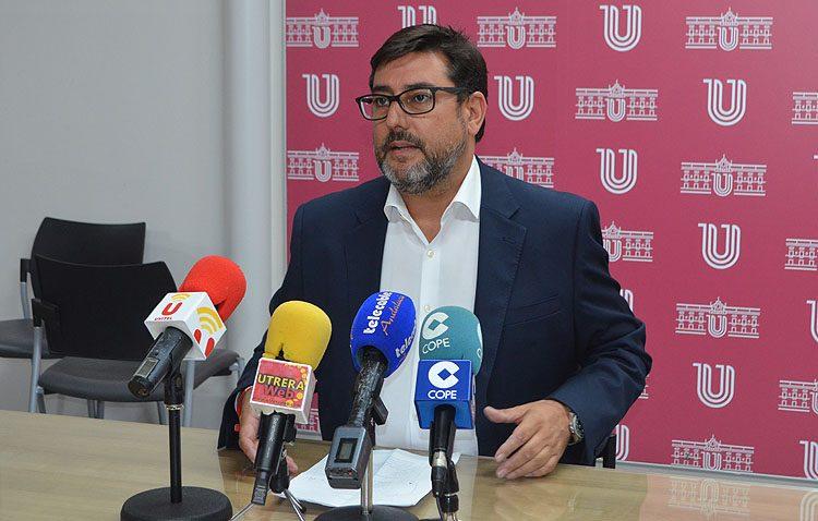 El PSOE destaca el aumento de la liquidez del Ayuntamiento de Utrera durante el gobierno de Villalobos