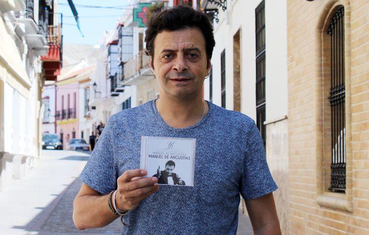 El cantante utrerano Manuel de Angustias presenta su octavo disco (VÍDEO)