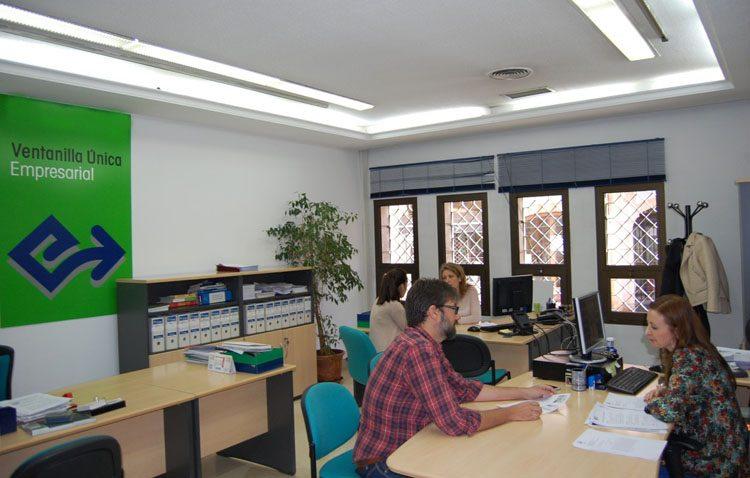 Ciudadanos propone una auditoria general de las cuentas del Ayuntamiento de Utrera y una ventanilla única empresarial