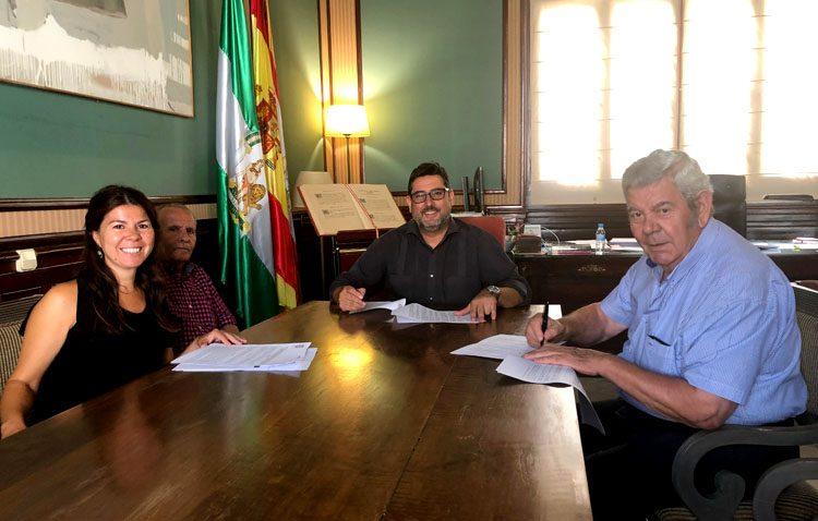 Un convenio municipal con 1.200 euros para el Hogar del Pensionista de Guadalema de los Quintero