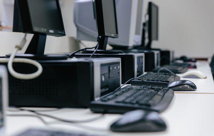 Llega a Utrera un taller de alfabetización informática enmarcado en el programa «Andalucía Orienta»