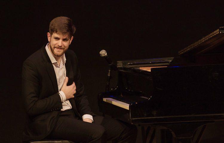 El piano más flamenco del utrerano Andrés Barrios