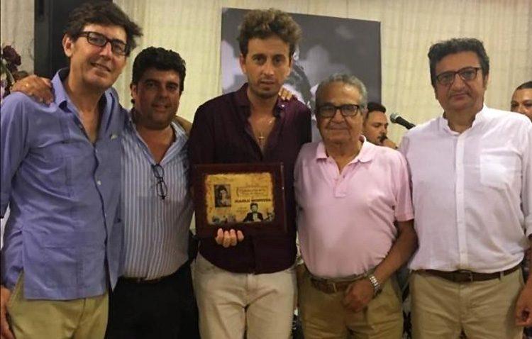 «Alegría 76 – Pepa de Utrera» entrega su premio «Son del sur» a Juanlu Montoya por su carrera musical