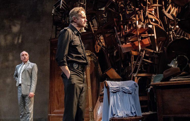Tristán Ulloa, Gonzalo de Castro, Lluís Marco y Elisabet Gelabert estrenan la temporada del teatro de Utrera