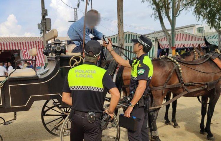 Multa de hasta 1.000 euros para el conductor de un coche de caballos por cuadruplicar la tasa de alcohol permitida