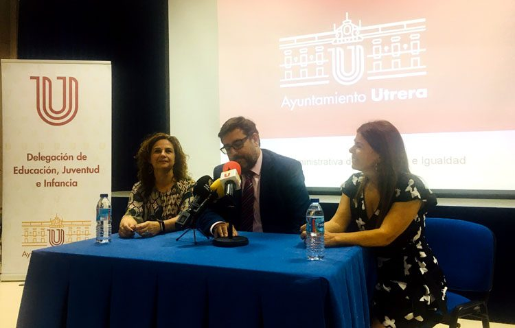 El Ayuntamiento de Utrera presenta un año más la guía de actividades socioeducativas