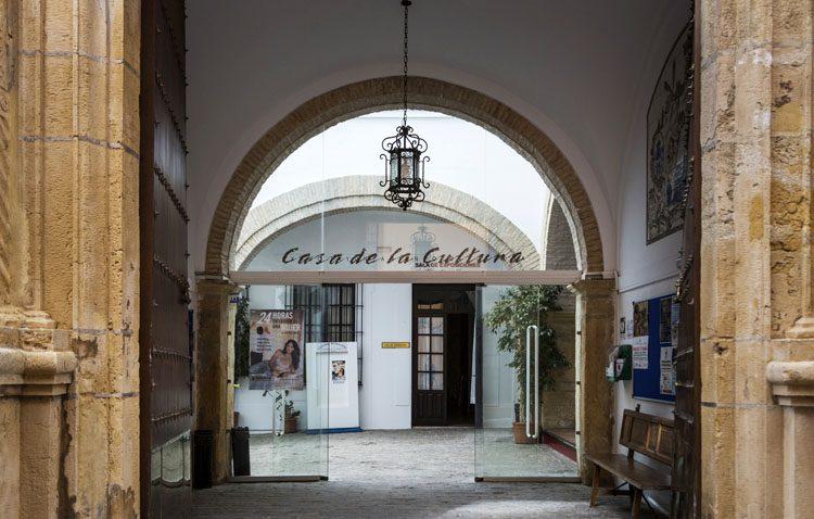 Las aulas de la Casa de la Cultura comienzan su actividad con 300 alumnos en 18 cursos