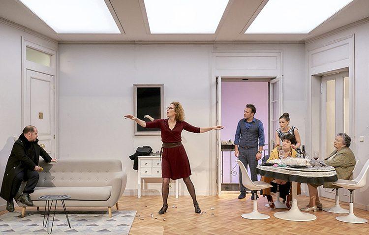 Un elenco encabezado por María Galiana para poner en escena «El mago» en el teatro de Utrera