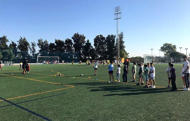 Dos días en Vistalegre para apostar por la promoción del deporte femenino en Utrera