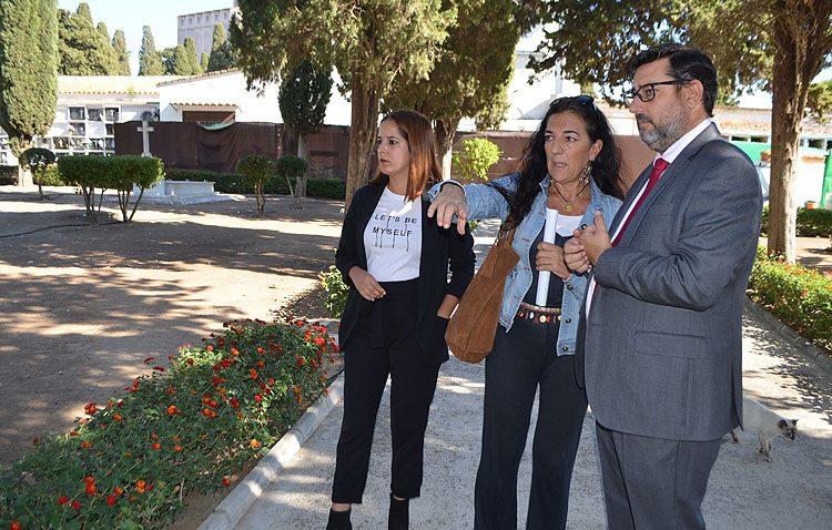 A la búsqueda de una nueva fosa común en el cementerio de Utrera gracias a un proyecto del ministerio de Justicia