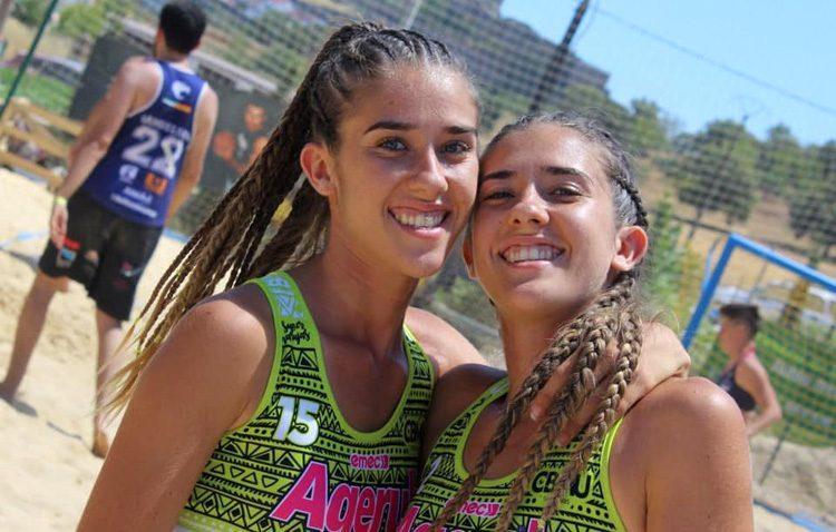 Las hermanas Toro, dos figuras utreranas en el balonmano playa