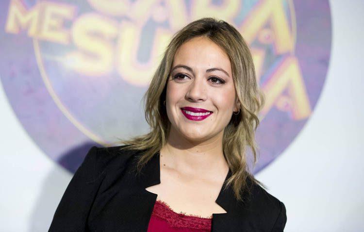 María Villalón propone un viaje musical «Desde Ayamonte hasta fado» en su visita al teatro de Utrera