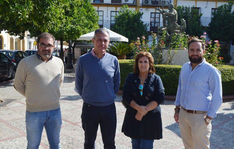 El candidato del PP al Senado por Sevilla defiende en Utrera el proyecto de su partido por «el futuro económico y la unidad de España»