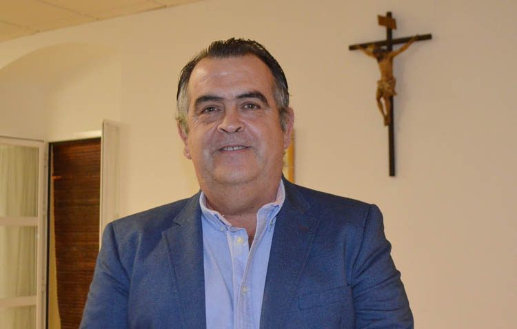 Sebastián Florido, reelegido por unanimidad como hermano mayor de la hermandad sacramental de Santa María