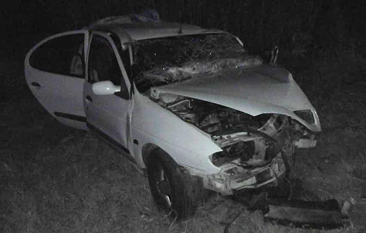 Un fallecido y tres heridos en un accidente entre dos turismos registrado en el término municipal de Utrera