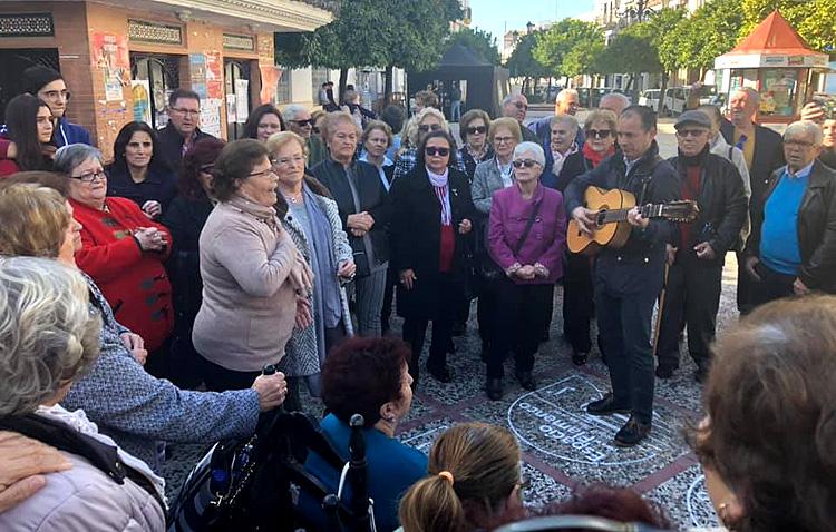 Utrera se echa a la calle para celebrar con música y baile el día de Santa Cecilia (VÍDEOS)