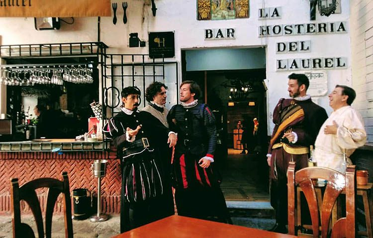El «Don Juan Tenorio» de Guate Teatro visita La Hostería del Laurel en el sevillano barrio de Santa Cruz