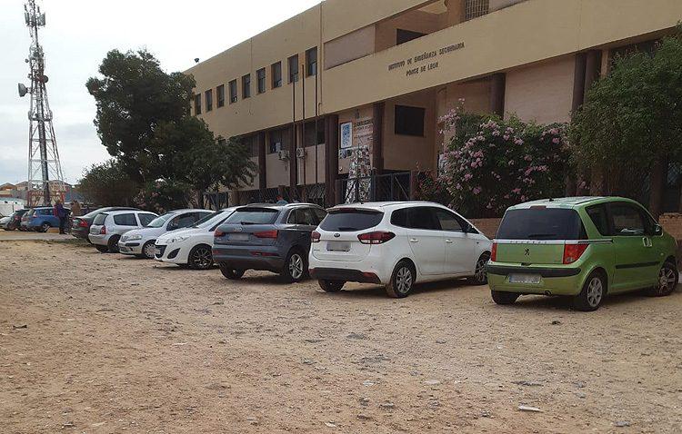 Juntos por Utrera reclama al gobierno local mejoras en las inmediaciones y la zona externa del instituto Ponce de León
