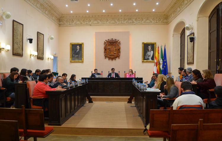 Podemos reclama a Villalobos que «no repita con su mayoría absoluta los errores de Francisco Jiménez»