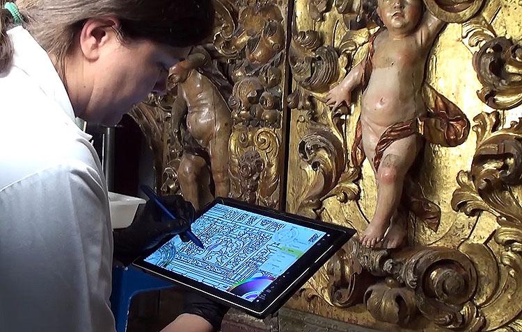 Un interesante vídeo muestra el proceso de restauración del retablo del santuario de Consolación de Utrera (VÍDEO)