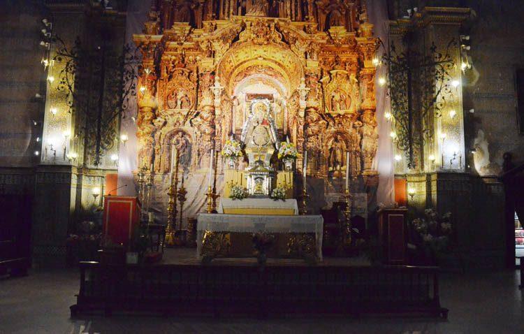 Las misas de los templos de Utrera, en directo por las televisiones locales