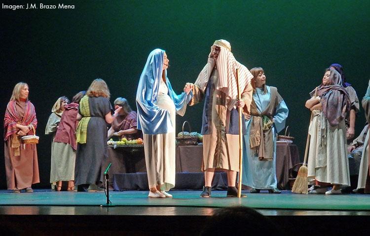 La producción utrerana «Belén, el musical» abarrotó el auditorio de teatro (IMÁGENES)