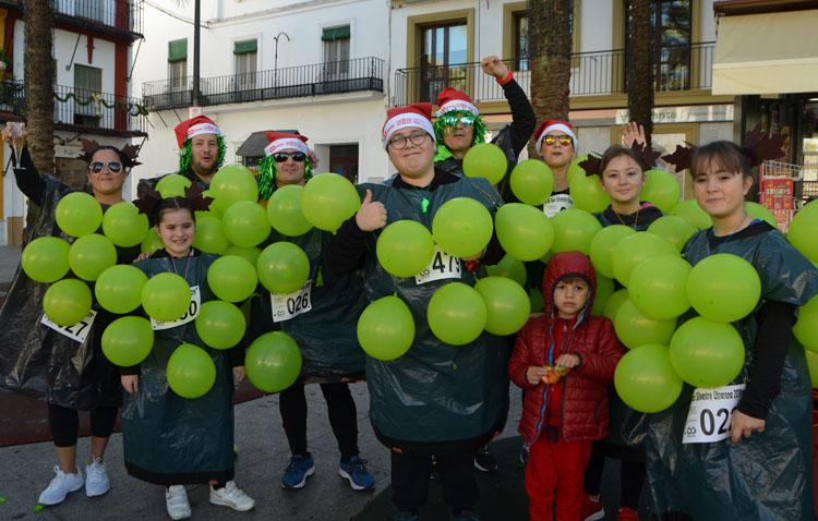Deporte y diversión se dan la mano por las calles de Utrera con la carrera San Silvestre (VÍDEO Y FOTOS)