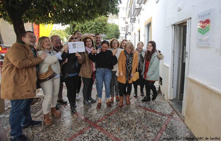 La entrañable historia de Asoca, la asociación solidaria de Utrera a la que regalaron el último décimo premiado de la Lotería de Navidad (AUDIO)