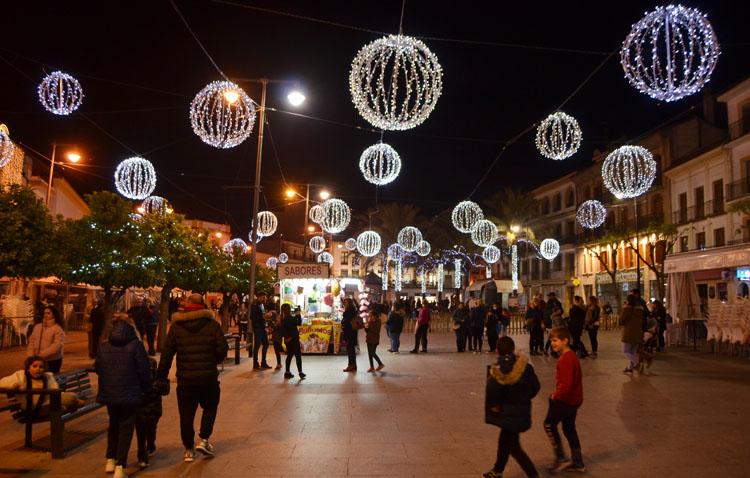 Más público y un incremento de las ventas en comercios y hostelería marcan en Utrera la pasada Navidad