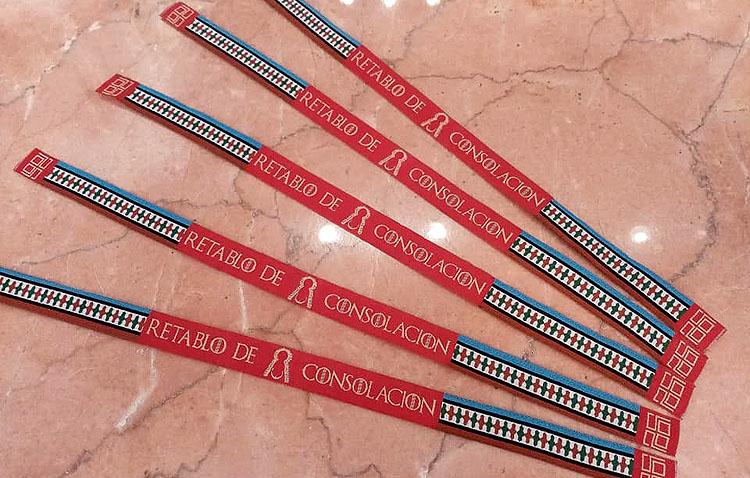 Pulseras solidarias de diseño para colaborar con la restauración del retablo de Consolación