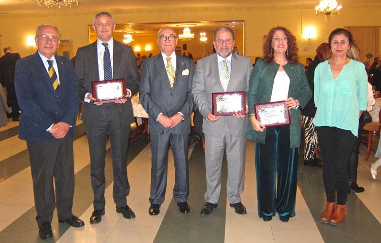 Premio para Uvitel y el periodista de ABC Alberto García Reyes por difundir la cultura de las donaciones