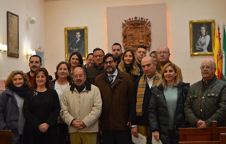El Ayuntamiento entrega los premios del concurso de belenes y escaparates navideños de Utrera