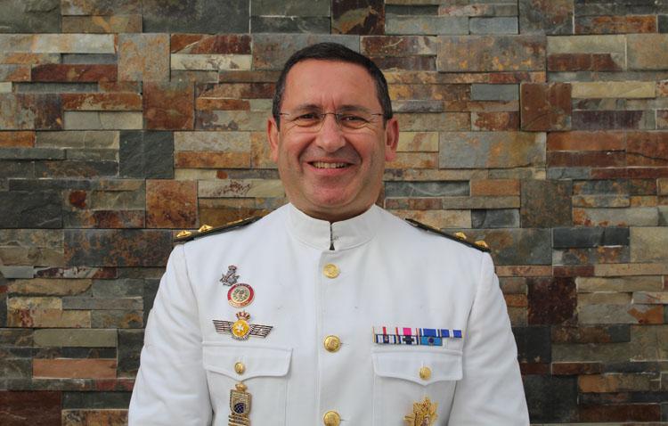 El utrerano Manuel Pérez Alé, un teniente coronel médico que ha participado en siete misiones internacionales en Los Balcanes y Afganistán
