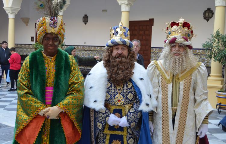 Los Reyes Magos ya están en Utrera (VÍDEO Y FOTOS)