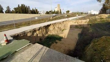 El arreglo del gran socavón junto al tanatorio de Utrera tendrá un coste de 600.000 euros