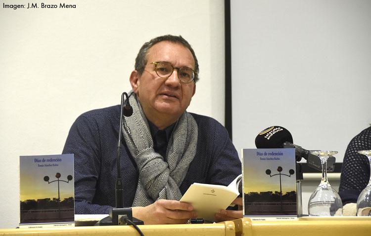 El último poemario de Tomás Sánchez Rubio se presenta en la biblioteca de Utrera con las vivencias más intimistas de su autor