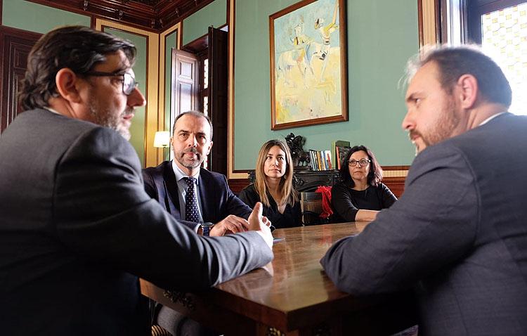Junta y Ayuntamiento analizan los detalles de la futura «ciudad de la Justicia» en Utrera