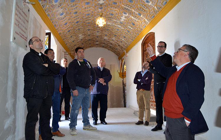 Una obra de 150.000 euros para consolidar la escalera y el camarín de la Virgen de Consolación tras aparecer importantes grietas