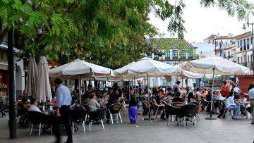 Una ordenanza municipal regulará la instalación de los veladores en los bares de Utrera