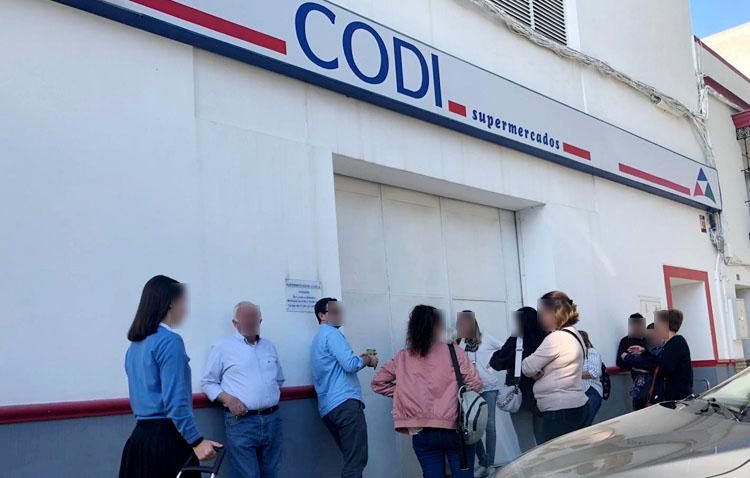 El alcalde de Utrera envía un mensaje tranquilizador sobre los supermercados: «No habrá desabastecimiento» (VÍDEO)